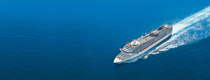 Le MSC Fantasia en pleine mer