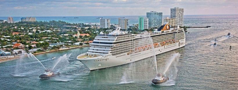 Le MSC Orchestra dans le port de Miami