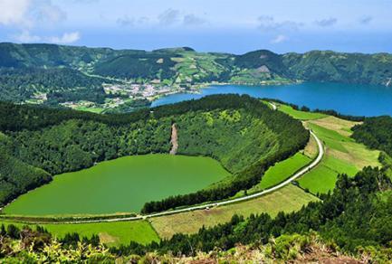 Les Açores (Ponta Delgada)  - Portugal