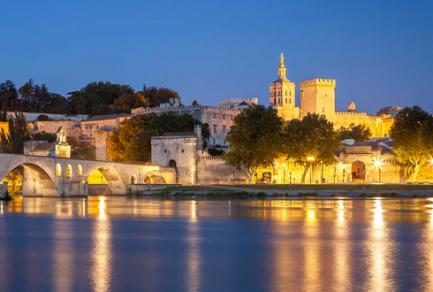 Avignon - Viviers, les gorges de l'Ardèche -