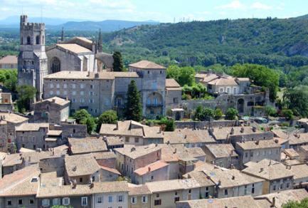Arles - Avignon - Viviers -