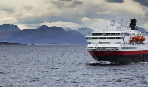 MS Nordkapp (ou similaire)
