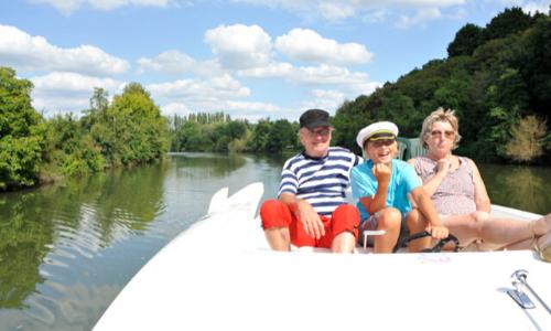 Navigation en famille sur le canal