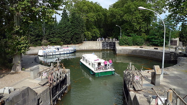 Écluse ronde d'Agde sur le Canal du Midi