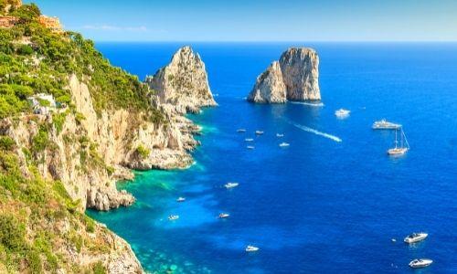Paysage des falaises de Capri