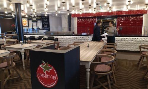 Les tables du restaurant Pummid'Oro