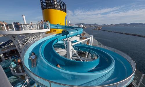 Manège aquatique à bord du Costa Smeralda