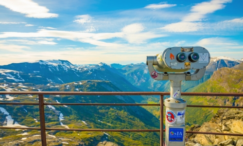 Dalsnibba, avec un point de vue panoramique sur les montagnes