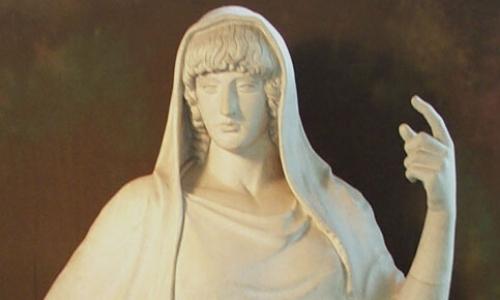 Statue de Hestia, déesse du feu, doigt en l'air
