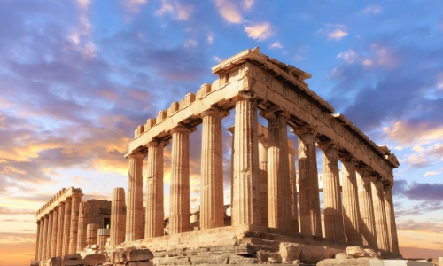 Le Parthénon et ses colonnes à Athènes