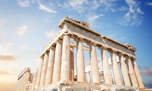 Le Parthénon à Athènes et ses colonnes, dans son état de ruine