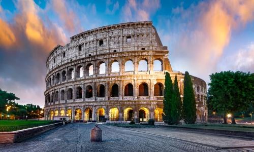 Vue sur le Colisée à Rome