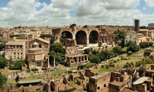 Le Forum Romain et ses ruines antiques