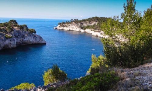 Magnifique paysage d'une calanque à Marseille