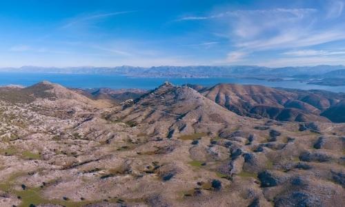 Vue depuis le Mont Pantokrator avec vue sur la mer