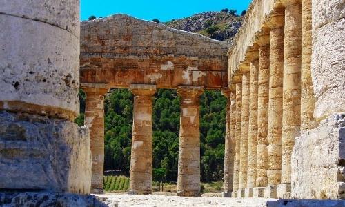 Vestiges archéologiques, colonnes