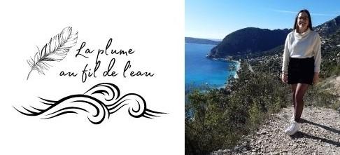 dessin d'une plume et de vagues en noir avec une écriture La plume au fil de l'eau à gauche d'une photo d'une jeune fille sur les bords d'une falaise d'un paysage méditerranéen