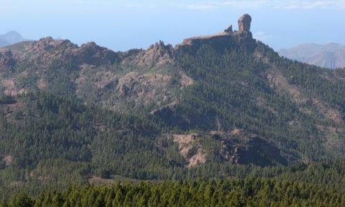 Le Roque Nublo à Grande Canarie vue du pic de las Nieves