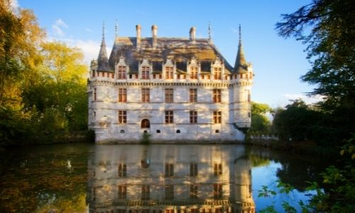La façade principale du château d'Azay-le-Rideau