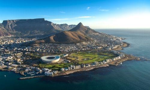 La ville de Cape Town en Afrique du Sud vue aérienne