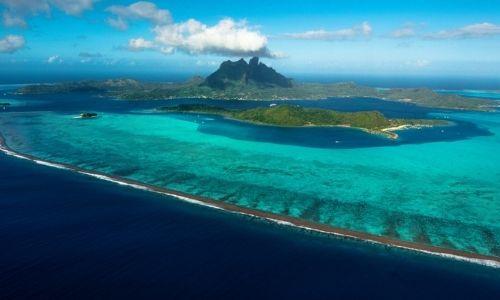 Vue semi-aérienne de l'île de Tahiti