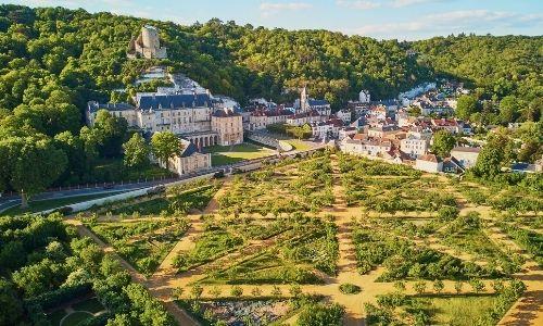 Le château de La Roche-Guyon et ses jardins