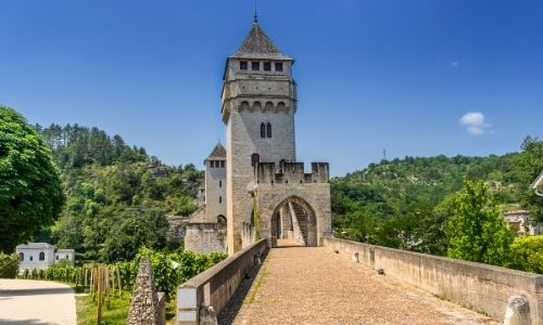 Le pont Valentré de Cahors vue par la piétonne