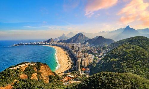 Les côtes de Rio de Janeiro au Brésil