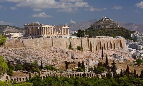 L'acropole d'Athènes et son Parthénon grec.